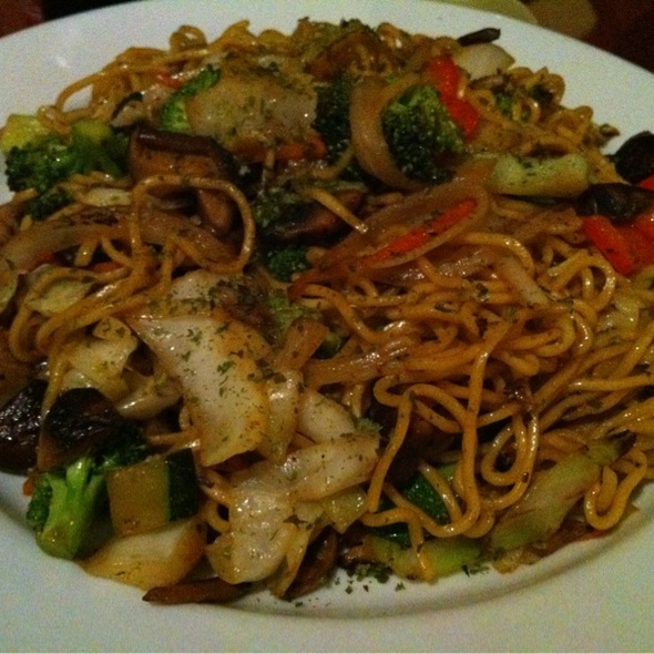 Yakisoba - KiYEMON Ramen Japanese Cuisine, Pasadena, CA