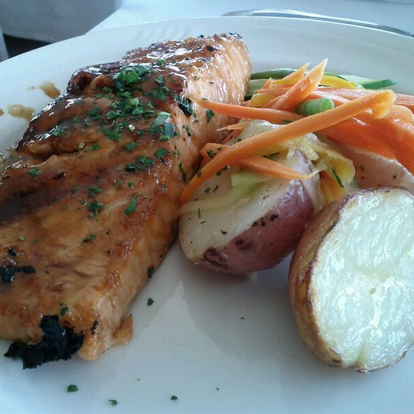 Grilled Salmon With Soy Ginger - Captain Bill's - Middleton, Middleton, WI