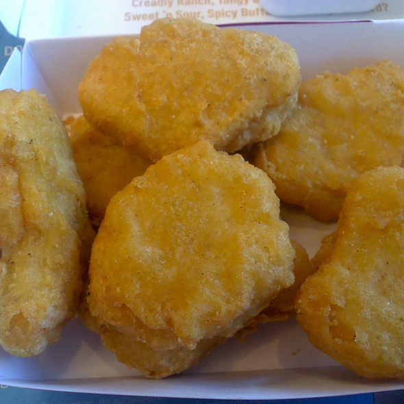 10 Piece Chicken Mcnuggets @ McDonald's