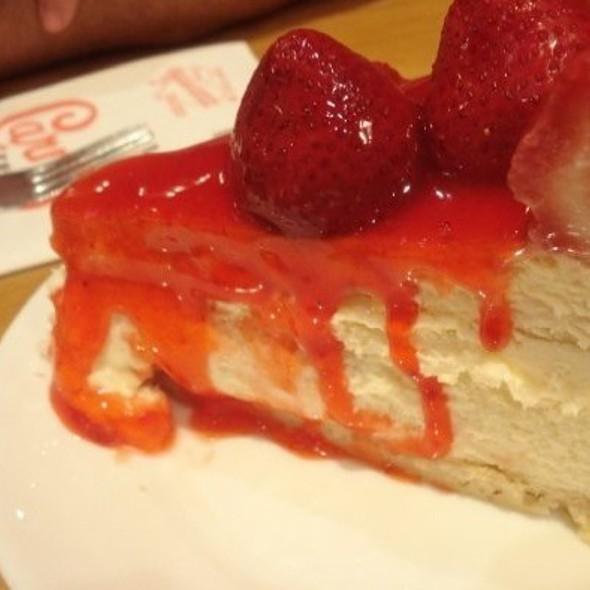 Cheesecake @ Carnegie Deli