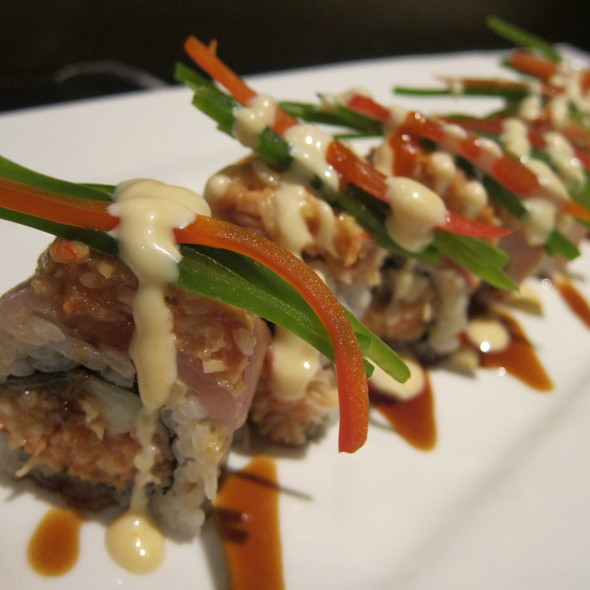 Firecracker Roll @ Sushi Club Ocean Blue