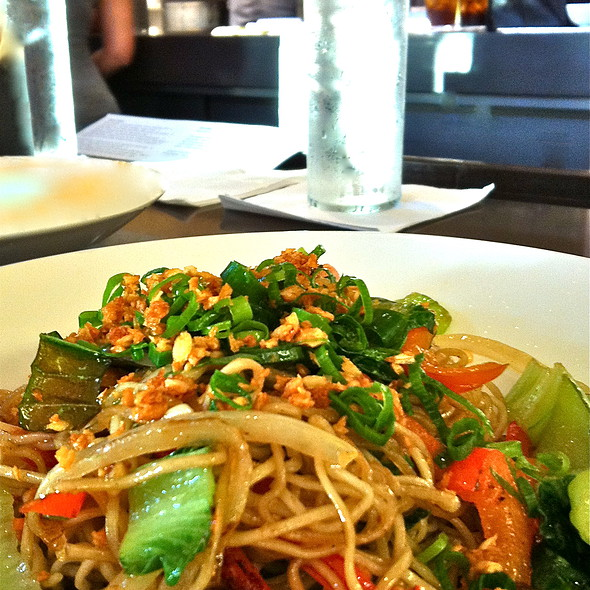 Garlic Noodles @ Star Noodle