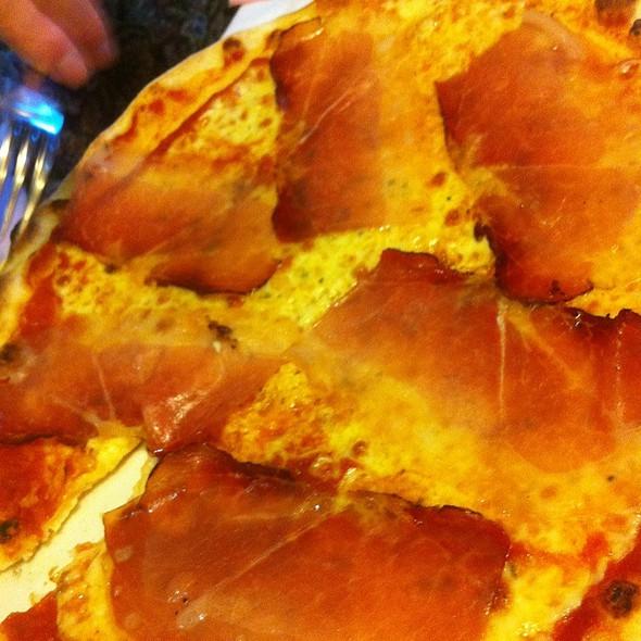 Speck Pizza @ Ristorante Pizzeria La Salera