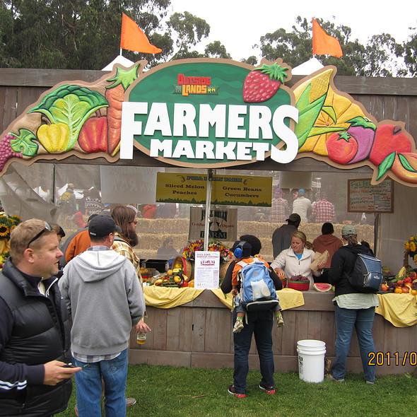 Fresh Fruit @ Outland's Festival Farmers Market