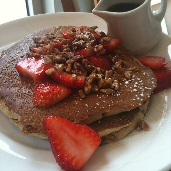 Fruit And Nut Pancakes @ Yolk (River North)