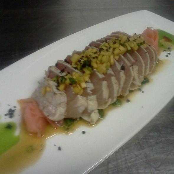Hawaiian #1 Tombo Tuna Tataki - Oceanaire Seafood Room - Indianapolis, Indianapolis, IN