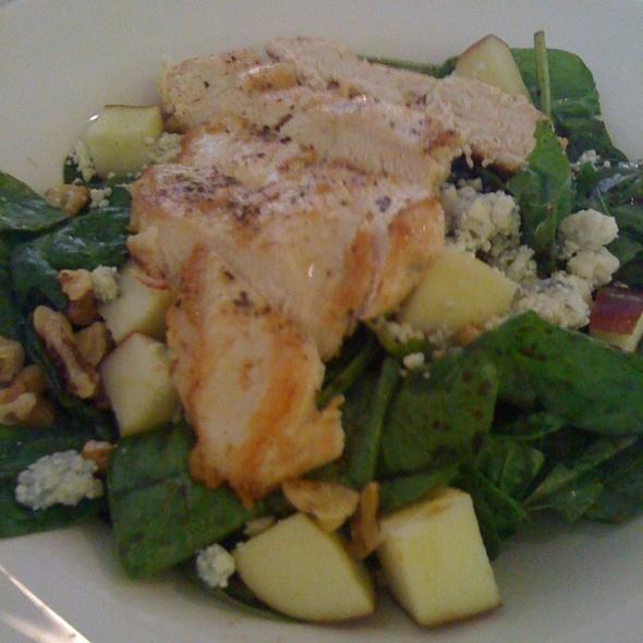 Spinach Gorganzola Walnut Salad @ Briarpatch Restaurant