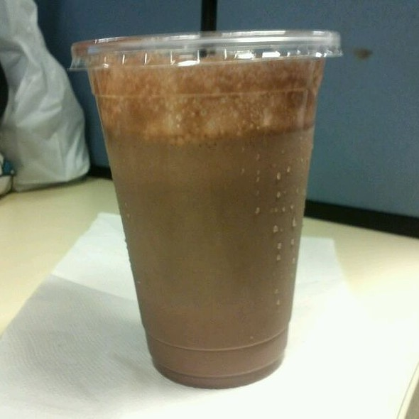 Chocolate Milkshake @ Malcolm's Burger