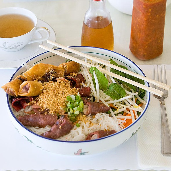Vermicelli with Grilled Beef and Egg Roll - Bun Bo Nuong Cha Gio @ Le Paradis Vietnamese Restaurant