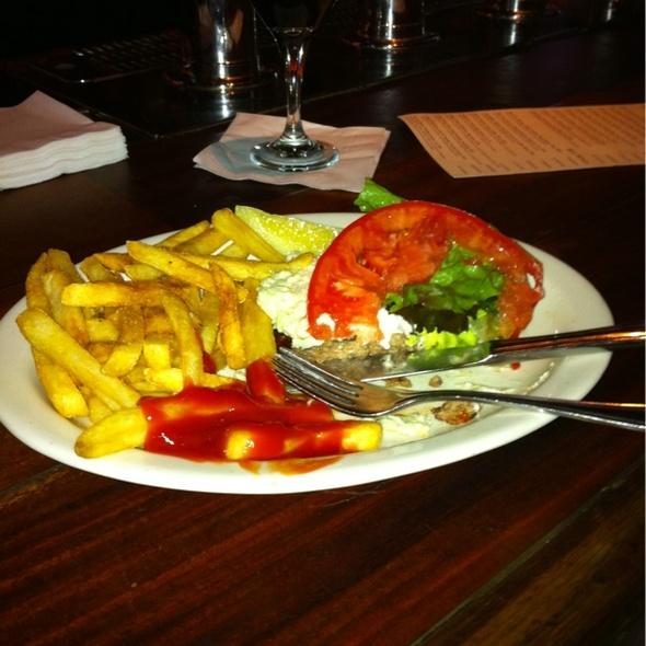 Gluten Free Cheeseburger @ Clyde's