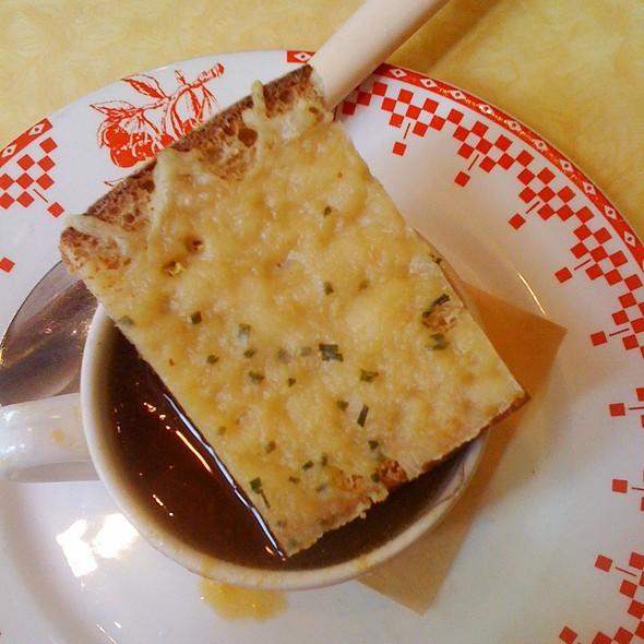 French Onion Soup @ La Boulange De Fillmore