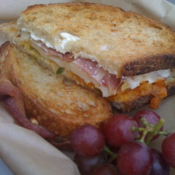 Jalapeno Popper Grilled Cheese @ The American Grilled Cheese Kitchen