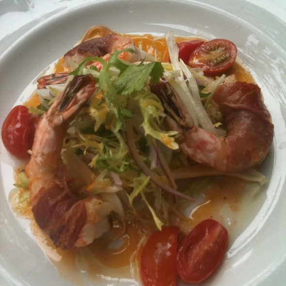 Proscuitto Wrapped Prawns With Lemon & Fennel Salad