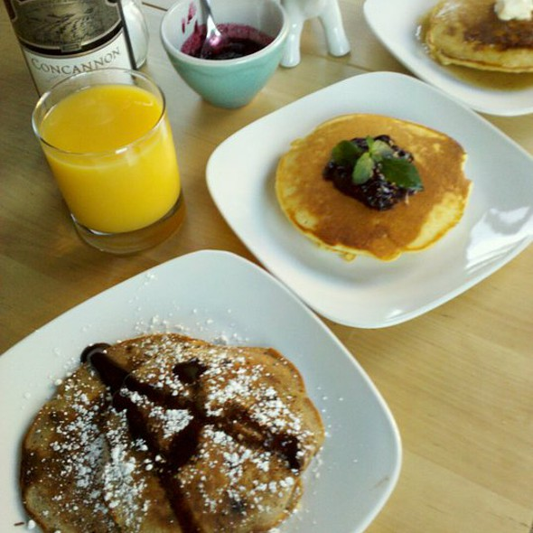 pancakes @ Lucy's Kitchen