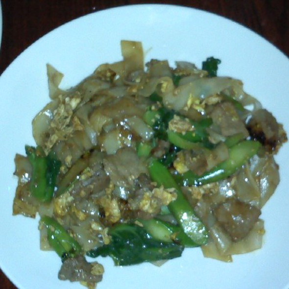 Pad See Ew @ King of Thai Noodle