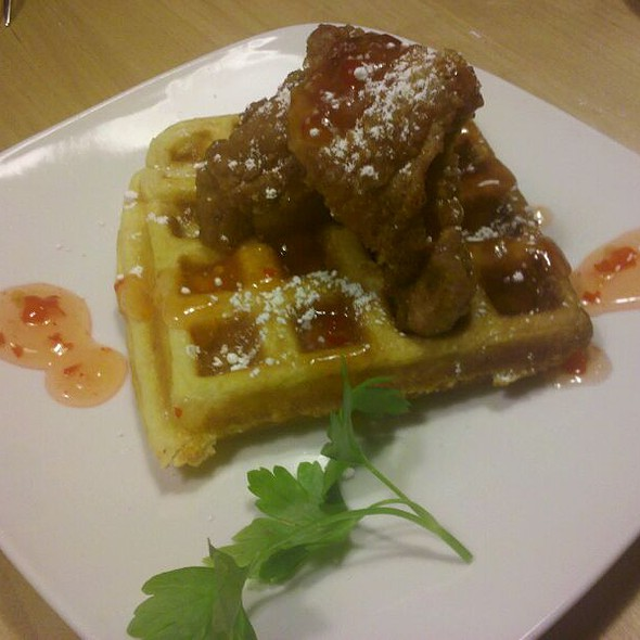 Thai Sauce Chicken & Waffles  @ Lucy's Kitchen