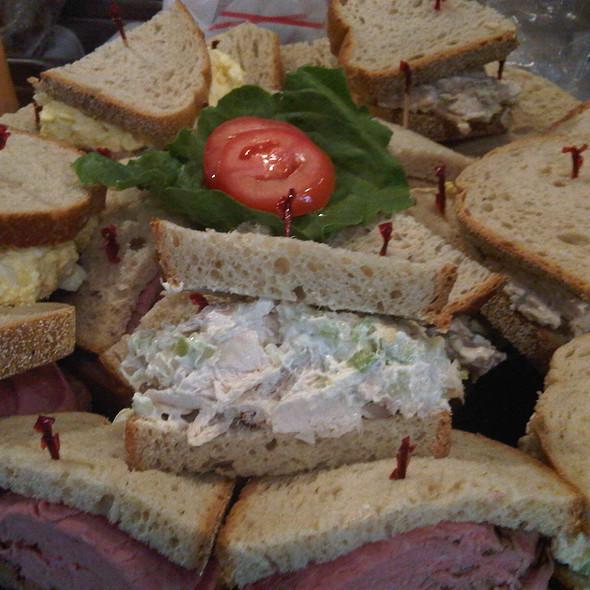 Sandwiches @ Lanskys