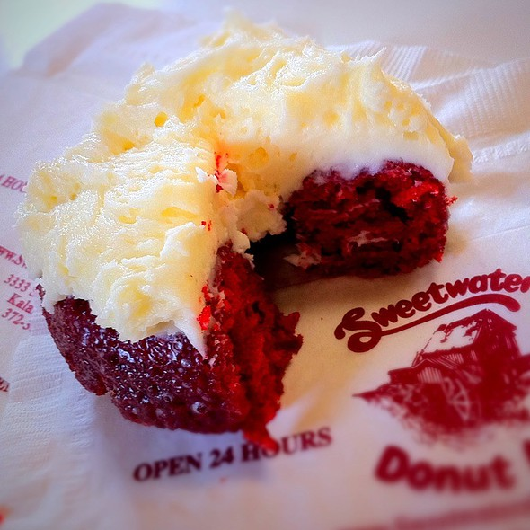 Red Velvet Donut @ Sweetwater's Donut Mill