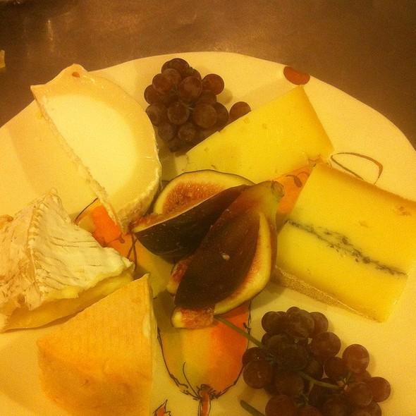 Les Fromages @ Rue Saint Jacques Restaurant