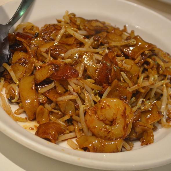 Char Kway Teow @ Temasek Restaurant
