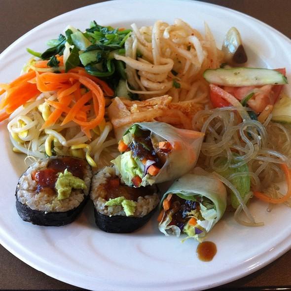 Vegan Korean Buffet @ New Start Veggie Garden