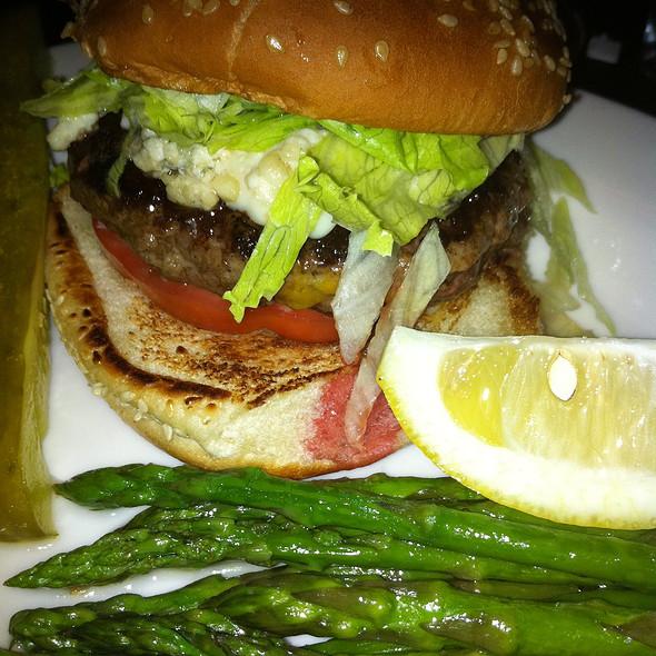 Blue Cheese Burger @ Heartland Brewery