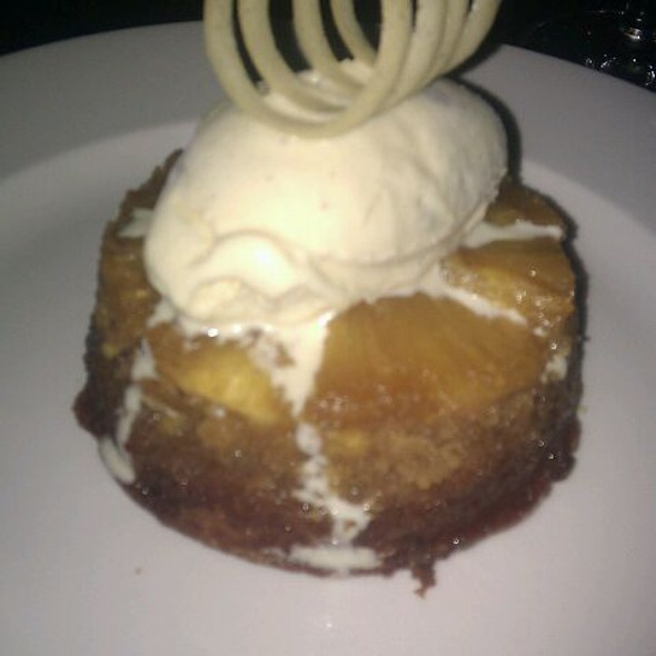 Grilled Pineapple Upside Down Cake @ Kane Steakhouse