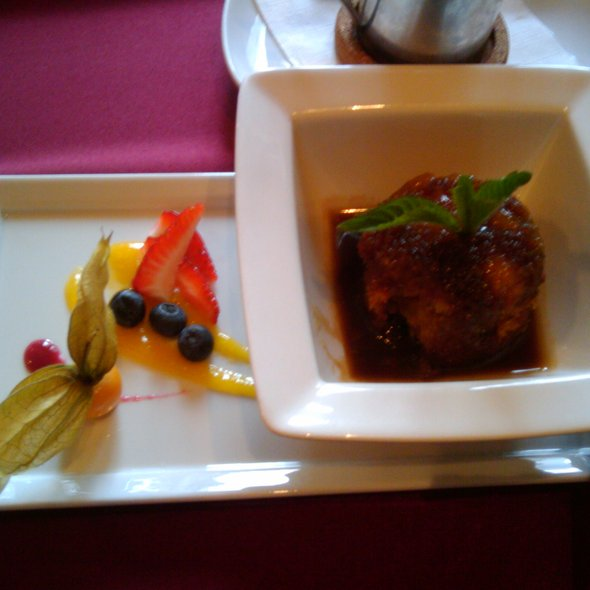 Sticky Toffee Pudding @ Rouge