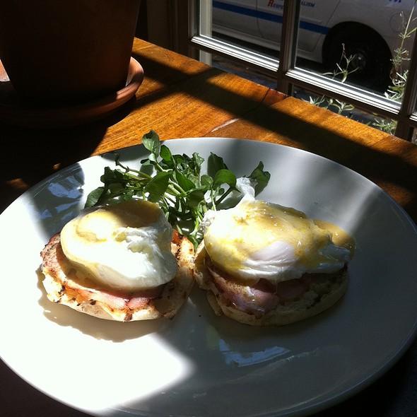 Eggs Benedict @ De Santos Restaurant
