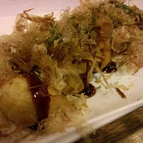 Takoyaki @ Izakaya Issa