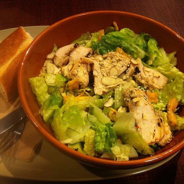 Asian Sesame Chicken Salad @ St Louis Bread Co