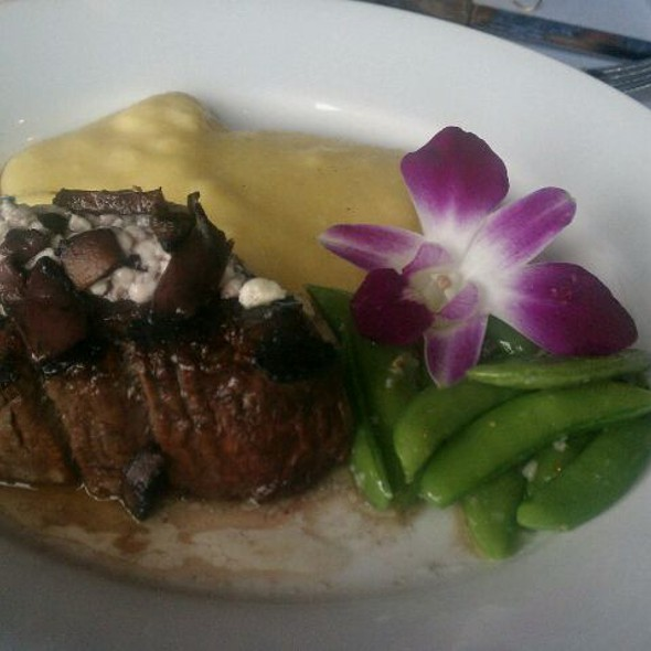 Filet With Polenta - Iozzo's Garden of Italy, Indianapolis, IN