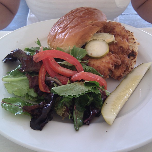 fried chicken sandwich on hawaiian king roll @ Hattie's