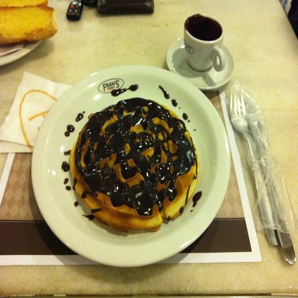 Waffle Ciocolatta @ Frans Café Campo Grande/MS