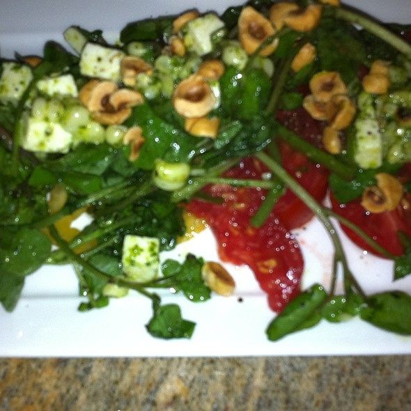 Heirloom Tomato Salad @ Christy Hill Bistro