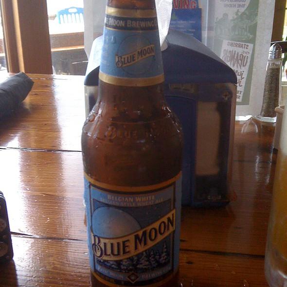Black Pearl Tiki Bar Blue Moon Beer Foodspotting