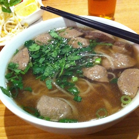 Meat Ball Pho