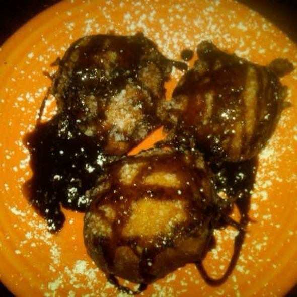 Deep Fried Oreos @ Datz