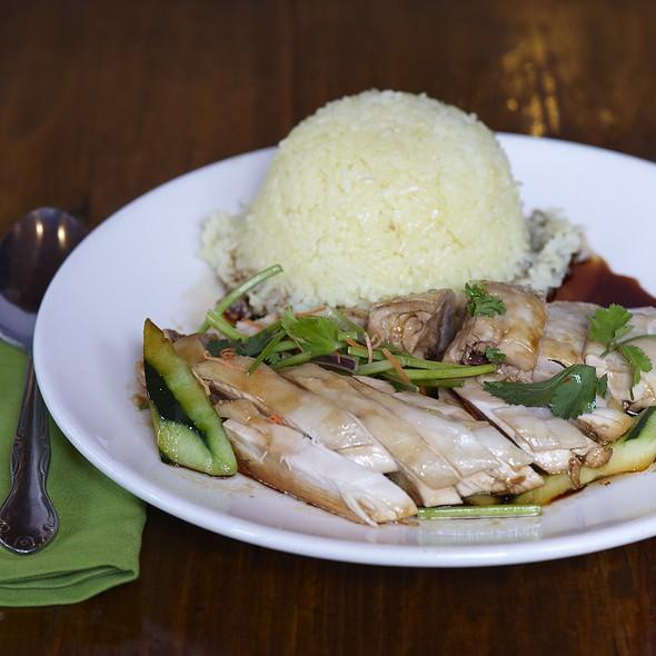 Hainanese Chicken Rice @ Nyonya Malaysia Cuisine