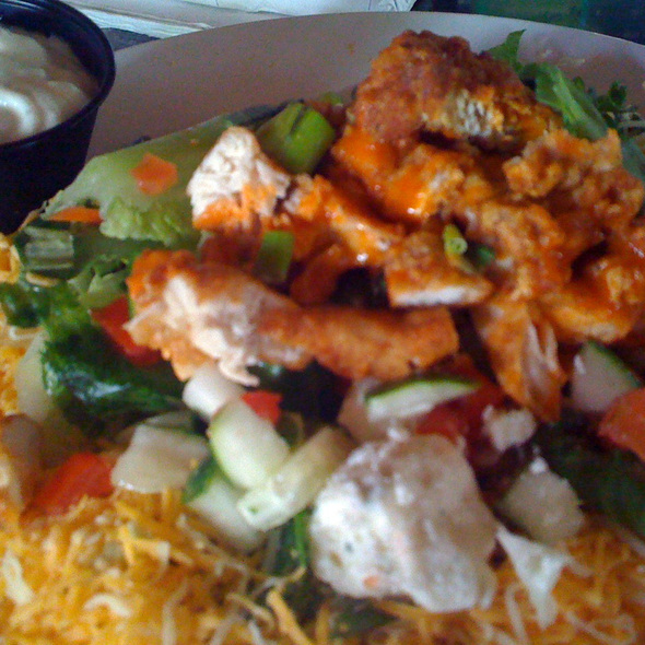 Bru\'s Room & Sports Grill Llc - Buffalo Chicken Salad - Foodspotting