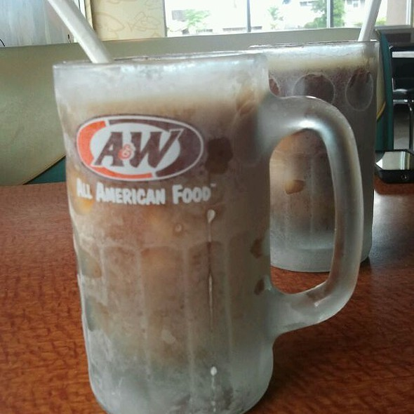 Rootbeer Float @ A&W