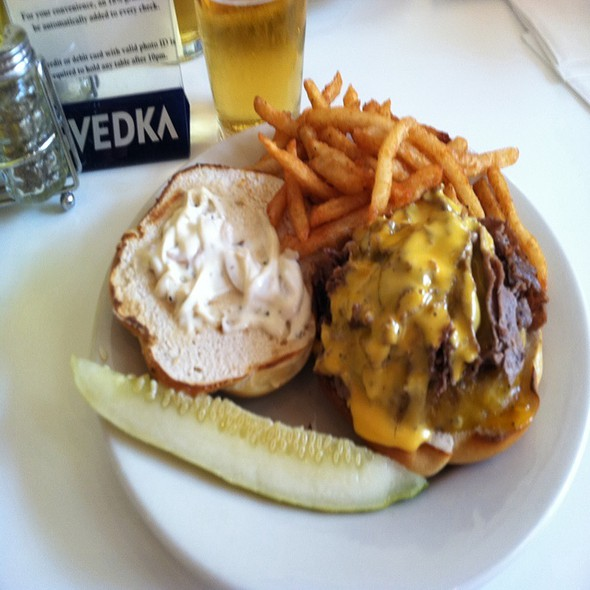 Cheesesteak Pretzel Roll Burger @ PYT