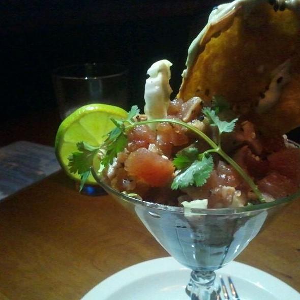 Seared Tuna Martini @ Clyde's Tower Oaks Lodge