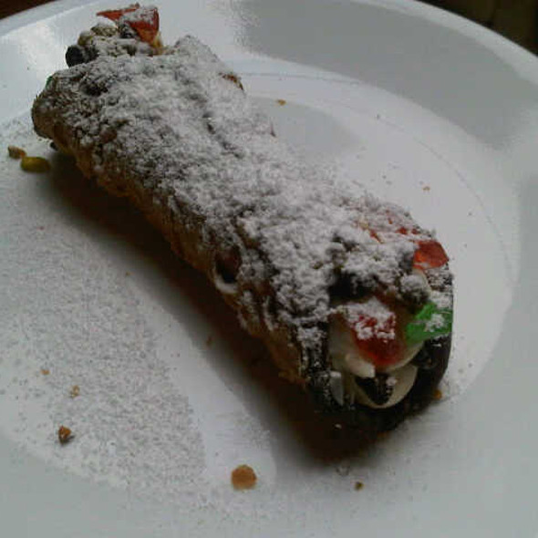 Canolli @ Romolo's Ice Cream Cannoli & Spumoni Factory
