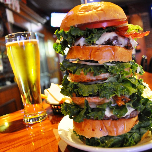 Burger @ Tipsy Mcstaggers