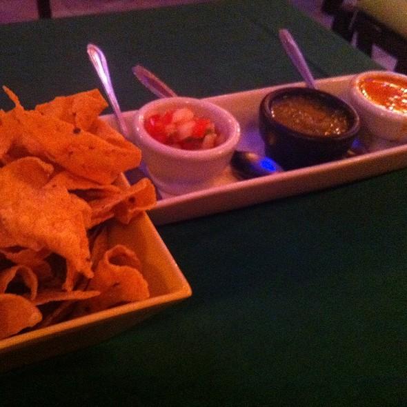 Chips Y Salsa @ Tacos & Salsa