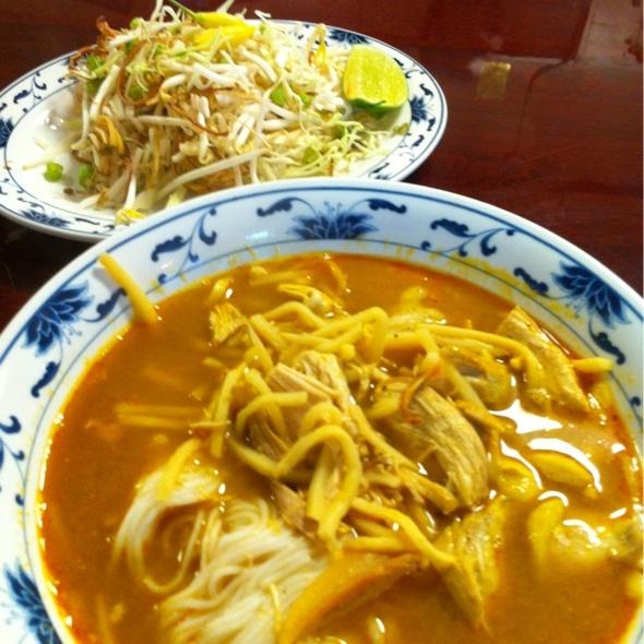 Kao Poon (Lao Coconut Noodles) @ Vientiane Thai Laos Restaurant