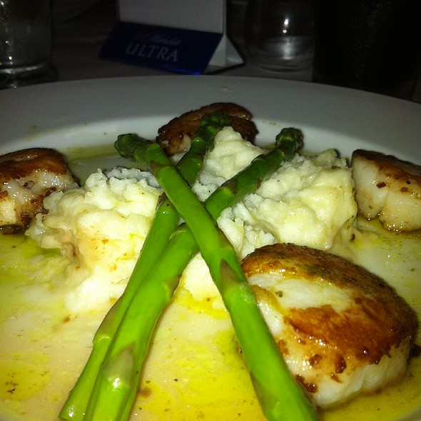 Scallop Special @ Crum's On Central
