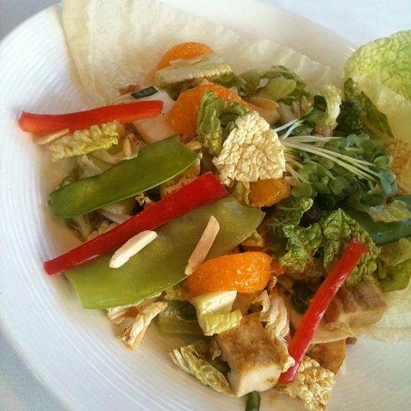 Chop Chop Salad @ Umalu