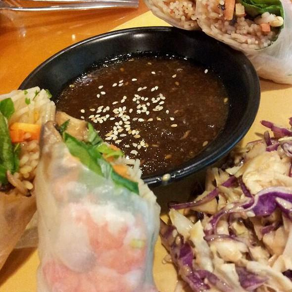 Singapore Shrimp Rolls @ California Pizza Kitchen - Cpk